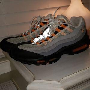 Nike Shoes - Nike Air Max '95